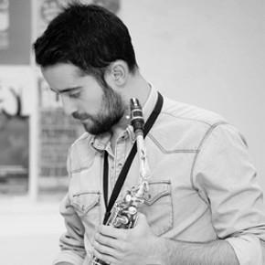 Bernardo Parrilla (Saxofón)